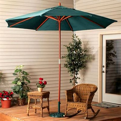 Wood 9 Foot Green Outdoor Market Umbrella